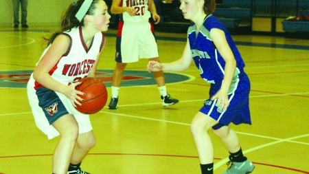 Lady Mallards suffer first loss at hands of Del. Christian Royals