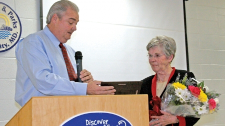 HUMPHREYS NAMED 2012 VOLUNTEER OF THE YEAR