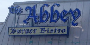 Baltimore Burger Institution Comes to the Beach