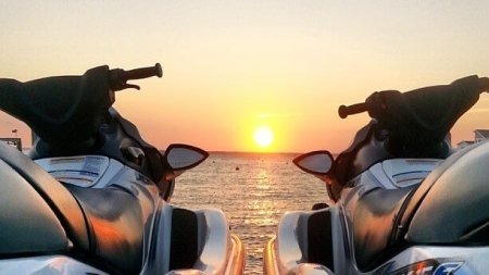 Odyssea Watersports Special Extended to Cyber Monday: $30 off 1 hour jet-ski rental!