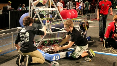 County rookie robotics team goes into fundraising frenzy