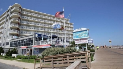 """Commander Hotel & Suites Wins Fundraising Heat for United Way's """"Stay United"""" Campaign"""