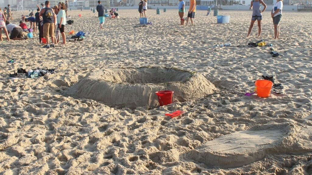 Crater sandcastle