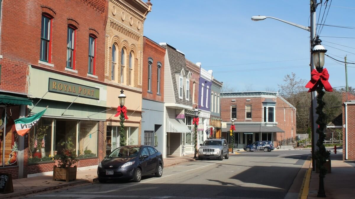 Downtown Snow Hill